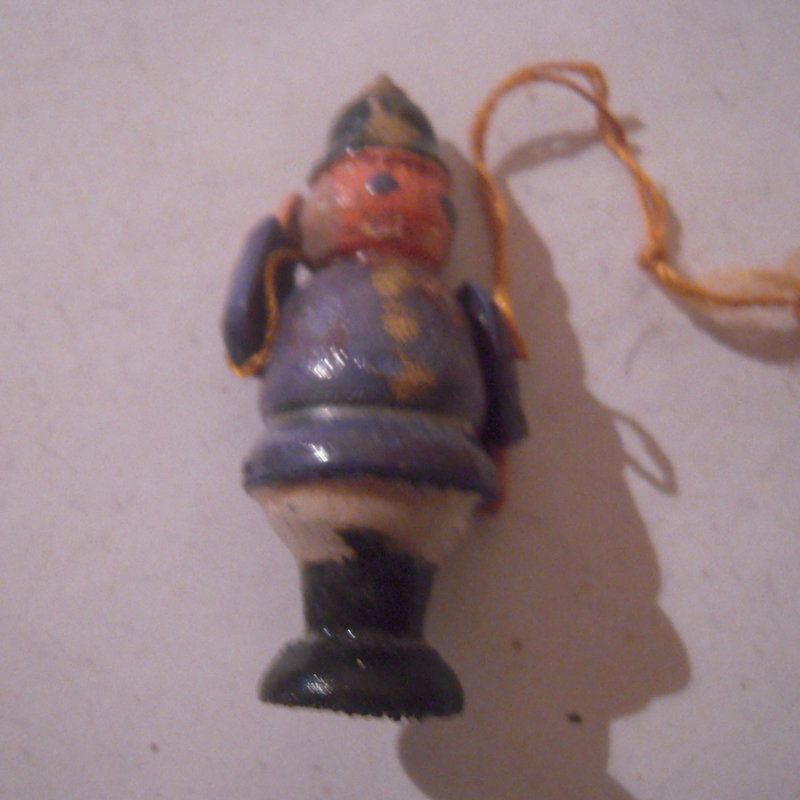 1940-12-14/15 German WHW donation gift. Kasperle figure moveable arms - Policeman. Wooden colorful hand painted T334 (16188)