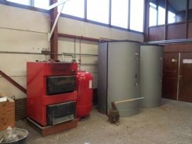 In werking stelen burnit hout cv ketel ten behoeve werkplaats verwarming