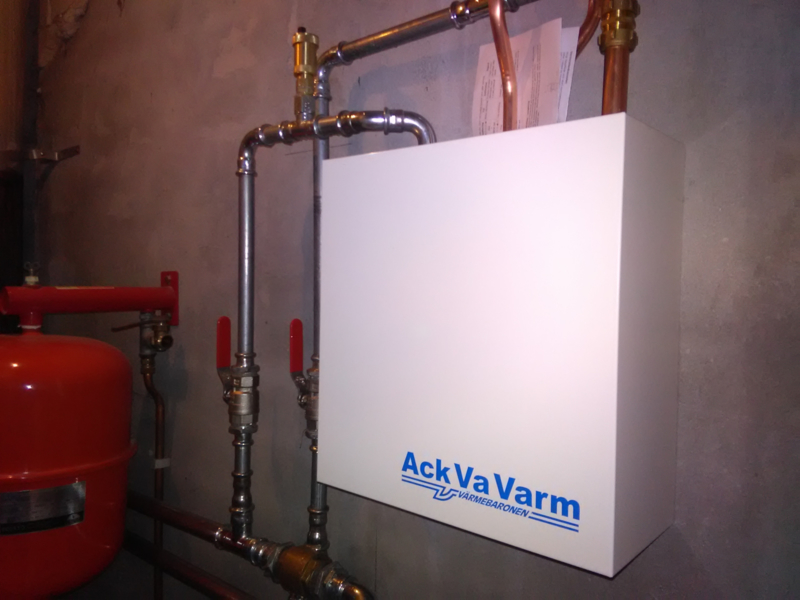 Ack va Varm warmwaterbereider voor warm sanitair water installeren