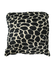 Essenza Sierkussen Giraffe (black/brown) 50x50