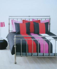 Beddinghouse Dekbedovertrek Gammelle (rood/wit) 200x200/220