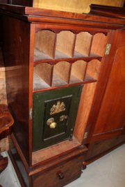 Mahonie engelse receptiekast met kluis en opbergvakken 1890-1900 nr 10042