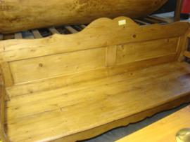 Oude houten bank.