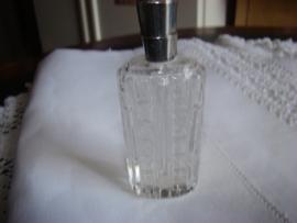 Parfumflesje met zilveren nek antiek (Hollands)