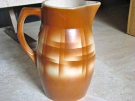 Bruine aardewerk melkkan       VERKOCHT