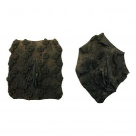 Wandhanger met 1 haak gemaakt van oude Batik stempel nr 5861