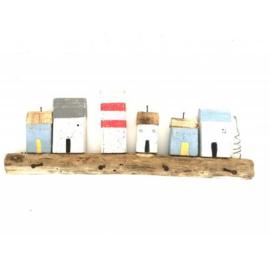 kapstokje br-60cm huizen recycled hout zomerse kleuren nr 3001