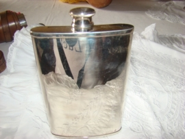 Silverplate hip flask by Whitehild    Gereserveerd.