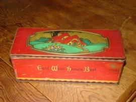 Blikken trommeltje C.W.S.Biscuits met art nouveau afbeelding