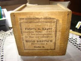 Doosje met bouwstenen Hugo Bretsch  Gabe 5.   VERKOCHT