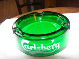 Groene glazen  asbak  met reclame Carlsberg