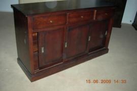Medium oak schuifdeur dressoir met 3 deuren