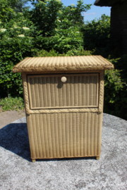 Origineel Lusty Loyd-Loom Nachtkastje met wasbox oct.1955 creme-goud nr 400111