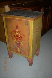 Antiek beschilderd proviandkastje +/- 1850