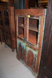 Mooie koloniale 4-deurs kast 1890 in originele verf met 2 glasdeuren nr 10005