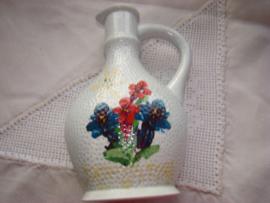 Vintage likeur of kruidendrankflesje afbeelding enzian.