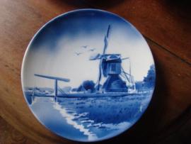 Wandbord blauwwit  molenlandschap.