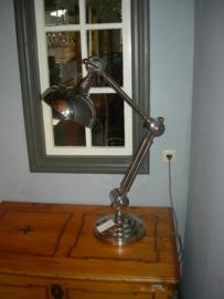 Mooie zware chrome bureaulamp ronde poot met 3 buigpunten Industrial