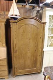 Antieke 1-deurskast 1880-1890 3 planken toog en boogdeur nr 10012