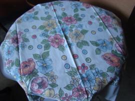 Vintage tafelkleedje .Bedrukt.
