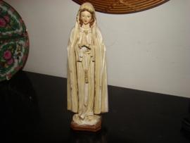 Mariabeeldje crème van kleur