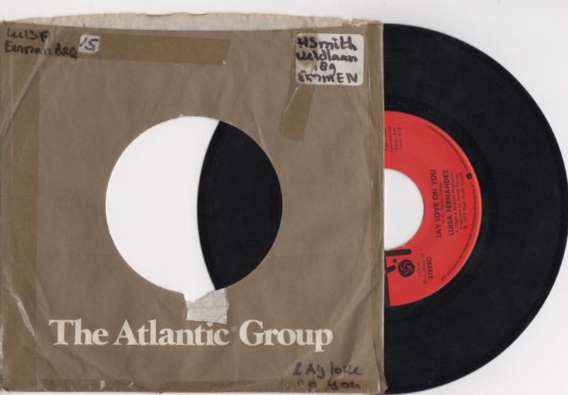 Luisa Fernandez met Lay love on you 1977 single nr S2020172