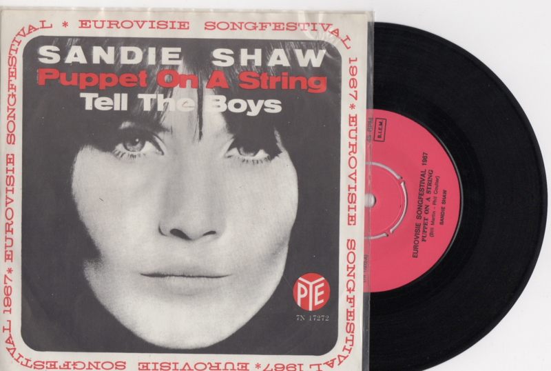 Sandie Shaw met Puppet on a string 1967 Single nr S2020361