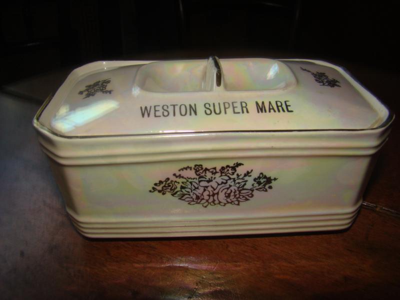 Rechthoekige botervloot .Sadler Staffordshire Engeland.