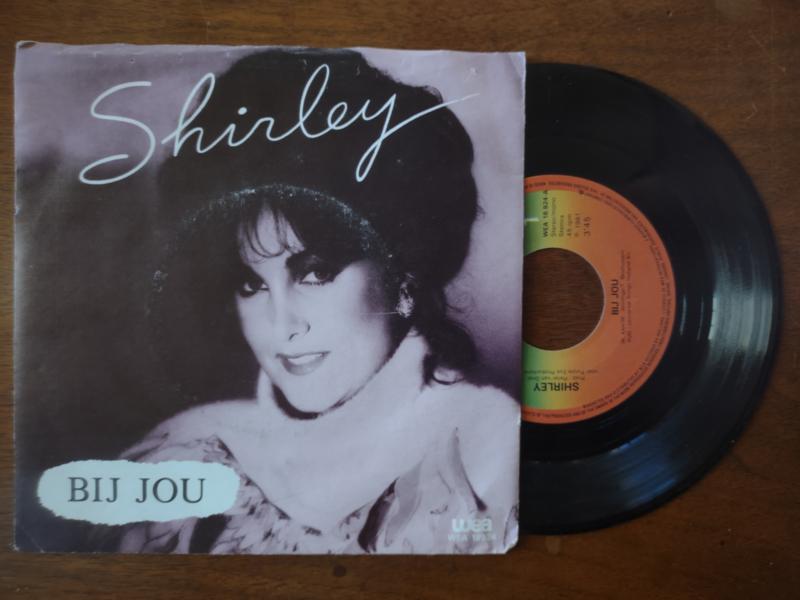 Shirley met Bij jou 1981 Single nr S20211220