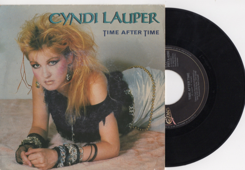 Cyndi Lauper met Time after time 1983 single nr S2020171