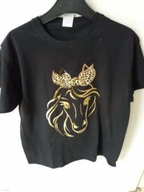 Zwart t/shirt Paardenhoofd van goud en haarstrikje van tijgerprint maat 140