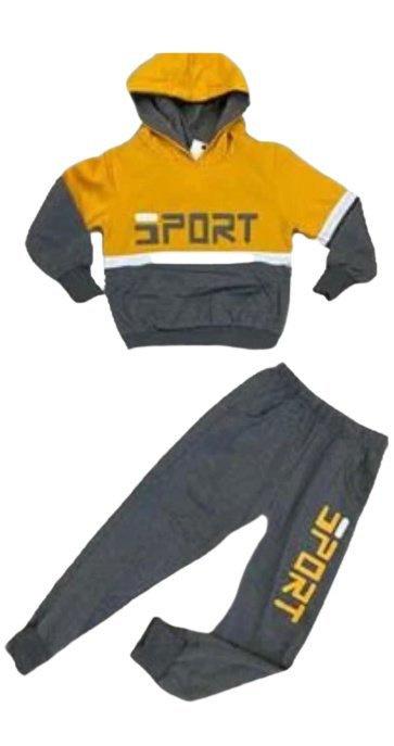 Joggingpak - Kleur Donker Oranje  set bestaat uit een hoodie met bijpassende jogger  Materiaal:95% katoen, 5% elasthan