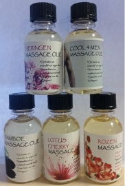Doosje a 50 x 30 ml flesjes massage olie (Diverse geuren , afname per 50 stuks