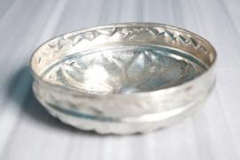 Hamamschaal (water opgietschaal) orgineel met zonmotief ( diameter 19 cm )