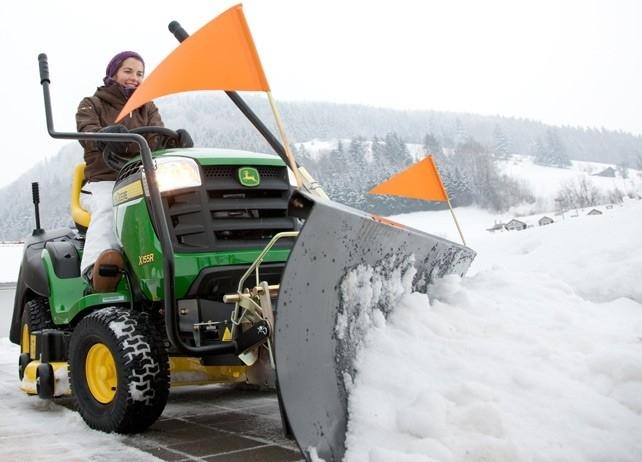 Sneeuwschuif voor John Deere Zitmaaiers