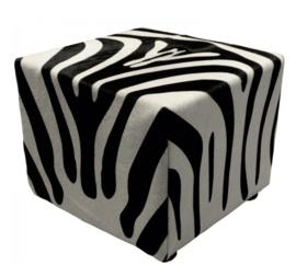 Poef, in zebra koeienhuid , 40x40x45cm