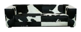 Kubus 3-zitsbank in zwart koeienhuid