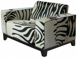 Lotte fauteuil in zebra koeienhuid