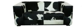 Kubus 2-zitsbank in zwart koeienhuid