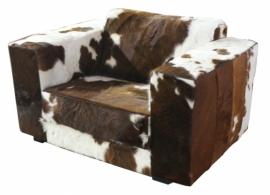Klaas loveseat in bruinwit  koeienhuid