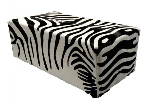 Poef, in zebra koeienhuid , 50x100x45cm