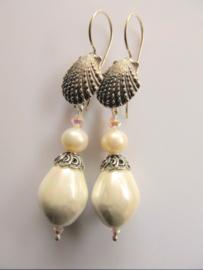 """Oorbellen """"Shell Pearl"""""""