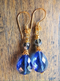 "Oorbellen ""Gold Blue Glass"""