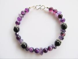 "Armband ""Purple with Black"""
