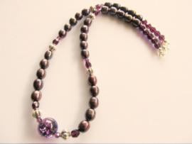 "Ketting ""Peacock Purple Pearl"""