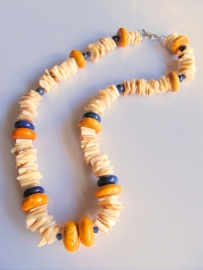 """Ketting en """"Nature with Yellow and Blue"""""""