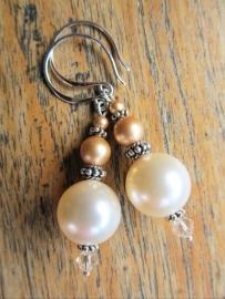 "Oorbellen ""Cream Vintage Pearl"""