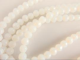 Opaliet facet witte kraal 4-4.5 mm