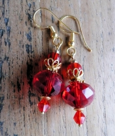 "Oorbellen ""Gold Red Crystal"""