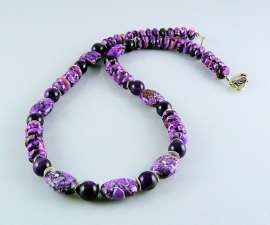 "ketting ""Purpelia"""